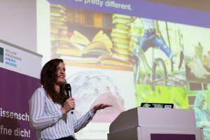 Rima-Maria Rahal von der Tilburg University (Niederlande)